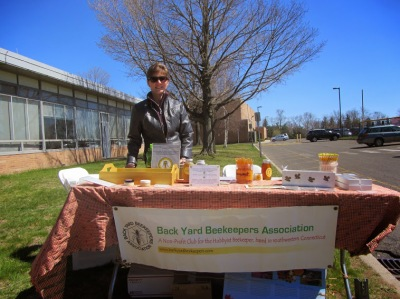 Back Yard Beekeepers 2015
